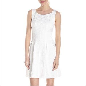 Just Taylor white lace a-line sleeveless dress